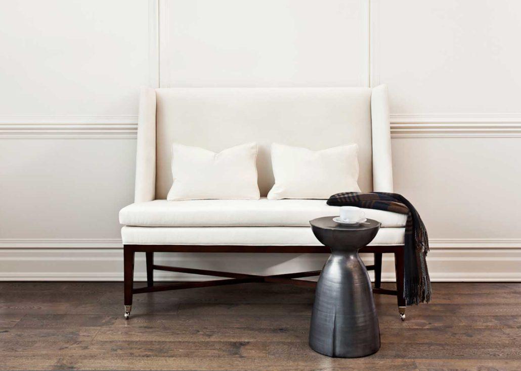 inspiration deaurora showroom. Black Bedroom Furniture Sets. Home Design Ideas